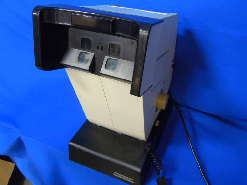Vision Tester Stereo Optical Optec 2300