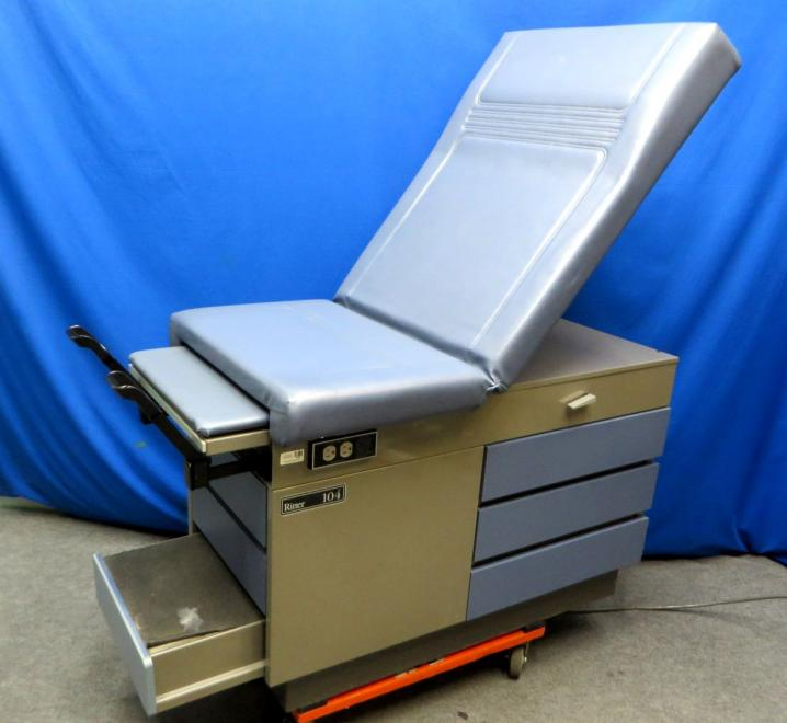 Midmark Ritter 104 Medical Exam Table 90 Day Warranty