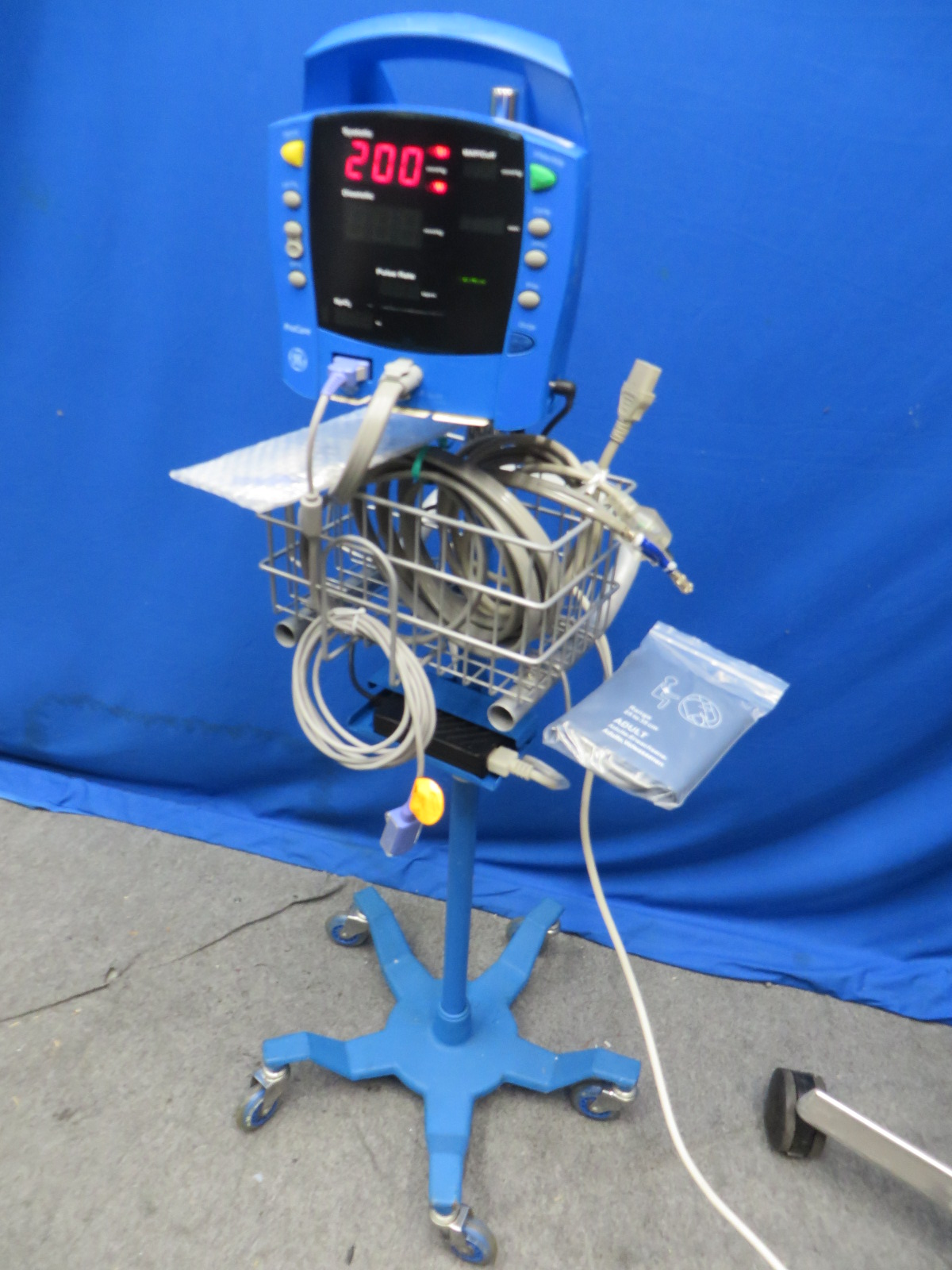 Ge Dynomap Dcp300n Us Patient Monitor With Bp Tubing Spo2