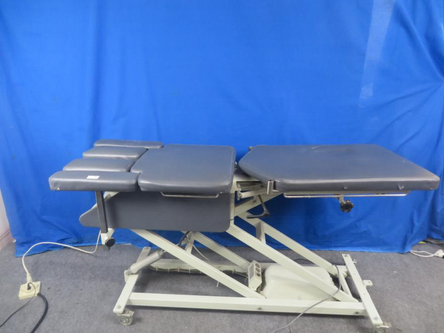 Chattanooga Mobilizer Chiropractic Table with Foot Pedal, 90 Day Warranty