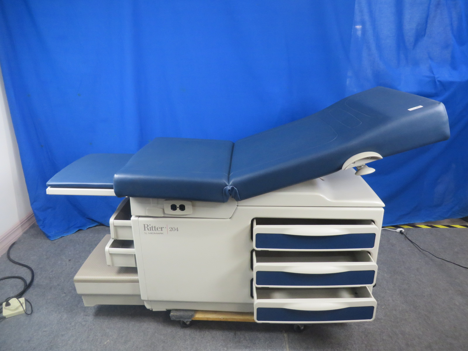 Midmark Ritter 204 Obgyn Exam Table Blue 90 Day Warranty